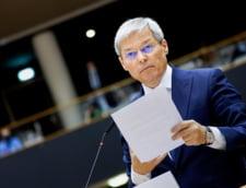 """Prima reactie a lui Ciolos dupa ce a castigat prima runda de alegeri in USR PLUS: """"O alegere pentru viitorul partidului nostru. Nu vreau sa cataloghez rezultatul ca pe o victorie"""""""