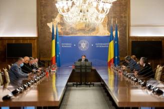 Prima sedinta de Guvern dupa demiterea lui Voiculescu, cu participarea ministrilor USR PLUS. Ce mesaj i-a transmis Barna lui Citu