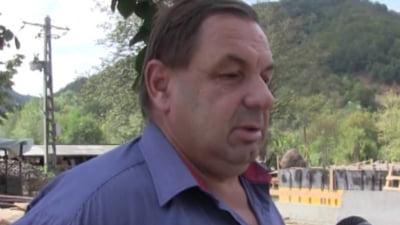 Primar din Caras-Severin, ridicat de DNA. Flagrant pentru luare de mita la sediul Finantelor Publice Timisoara