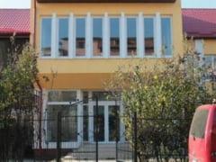 Primaria Alba Iulia: Dosarele de inscriere a copiilor la cresele din municipiu se preiau in perioada 1 - 12 iulie 2016. Vezi CALENDARUL de inscriere, LISTA COMPLETA cu documentele necesare si CRITERIILE de punctare