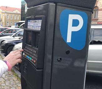 Primaria Brasov va prelua administrarea parcarilor din oras. Consiliul Local a votat rezilierea contractului de concesiune
