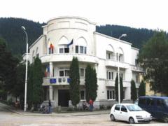Primaria Campulung Moldovenesc, executata silit de ANAF pentru un credit garantat de Guvern