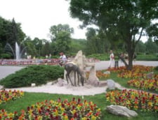 Primaria Capitalei a curatat lacul Herastrau si a masurat zgomotul teraselor