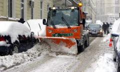 Primaria Capitalei se pregateste pentru ninsoare: 650 de utilaje de deszapezire si 2.800 de operatori pregatiti sa intervina