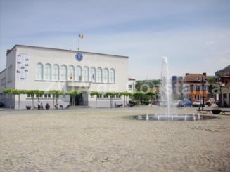 Primaria Cernavoda. Licitatie pentru lucrari de executie si dotare a constructiilor pentru realizarea Centrului Hamangia si Atelierul Ganditorul (document)