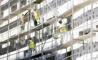 Primaria Sectorului 5 someaza constructorii sa inceapa reabilitarea la blocuri si scoli