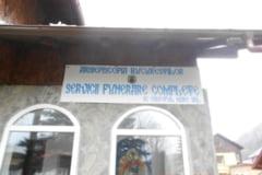 Primaria Sinaia acuza o firma a Arhiepiscopiei Bucurestilor ca a amplasat ilegal bannere pe capele