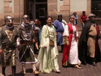Primaria Suceava cumpara costume medievale de 120.000 de lei