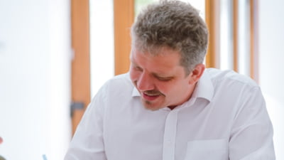 Primaria Targu Mures, plangeri penale in cazul unor lucrari finantate din bani publici. Una din sesizari vizeaza reconstruirea stadionului municipal