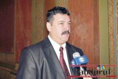 Primaria face credit pentru a scapa de arierate