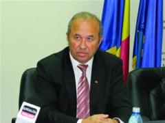 Primarii si secretarii au avut instruire la Prefectura