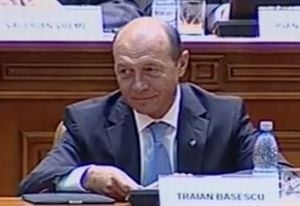 Primarii vor fi alesi dintr-un singur tur - Basescu a promulgat legea