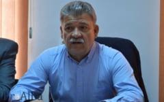 """Primarul """"pe viata"""" din Alba Iulia. Mircea Hava conduce institutie de 20 de ani si vrea sa iasa la pensie din aceasta functie"""