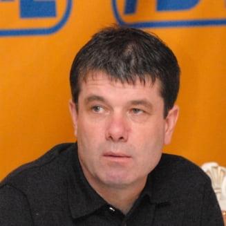 Primarul Brasovului dezminte zvonurile privind trecerea sa la PSD