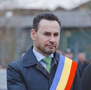 Primarul Falca ofera universitatii lui Soros sa se mute de la Budapesta la Arad