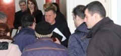 """Primarul Mircia Gutau, transant la intalnirea cu locatarii blocurilor de garsoniere din bd. Nicolae Balcescu: """"Nu transformati necazul omului in politica!"""""""