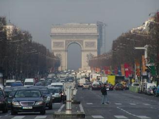 Primarul Parisului vrea sa scoata masinile diesel din oras