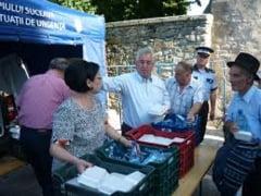 Primarul Sucevei si familia sa vor imparti 5.000 de sarmale, paine si apa minerala pelerinilor