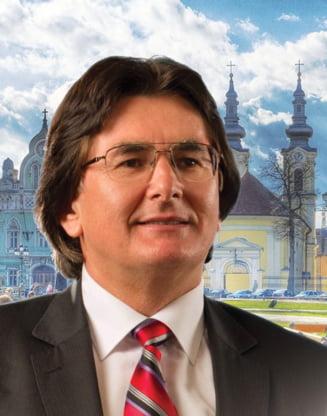 Primarul Timisoarei canta intr-un clip postat pe Facebook: Sunt un om ultrapasnic si ultratolerant (Video)
