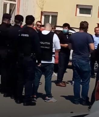 Primarul arestat pentru fraudă electorală, plasat în arest la domiciliu