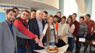Primarul din Giurgiu a publicat pe Net lista de asistati social si bolile de care sustin ca sufera