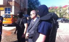Primarul din Otelu Rosu, primarul din Socol si seful APIA Caras-Severin, arestati pentru 29 de zile de procurori!