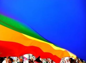 Primarul din Reykjavik a venit la parada Gay Pride imbracat in femeie