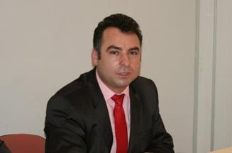 Primarul orasului Navodari, suspendat din functie