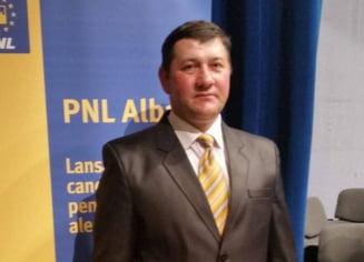Primarul unei comune din Alba a ajuns in arest dupa doar patru luni de mandat. Infractiunile de care este acuzat de Politie