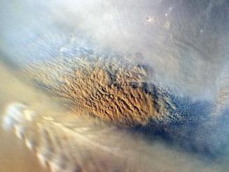 Primele imagini transmise de roverul NASA de pe Marte (Galerie foto & video)