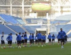Primele nemultumiri fata de stadionul de 50 de milioane de euro din Craiova: Gazonul putea fi mai bun