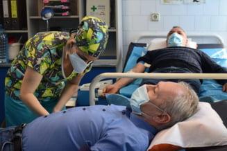 Primele recoltari de plasma in Hunedoara s-au facut de la politicieni vindecati de COVID-19: Alte 50-60 de persoane au raspuns apelului DSP