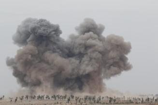 Primele semne ca Rusia nu pleaca prea curand din Siria: Le-a adus soldatilor dansatoare si bucatarii