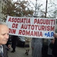 Primii bani pentru pagubitii Dacia, abia in decembrie