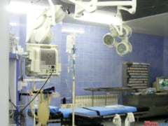 Primii medici care anunta ca nu vor mai intra in sala de operatie daca li se taie sporurile: E inadmisibil!