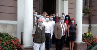 Primii trei candidati PSD de pe listele de consilieri din Lugoj au impreuna 200 de ani