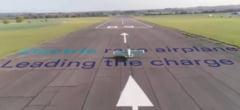 Primul avion electric sportiv din lume a fost prezentat la Dubai