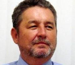 Primul contestatar al Aliantei PNL- PC: Senatorul liberal Raymond Luca