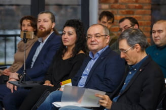 Primul functionar public virtual din Romania se numeste Antonia - iata ce va face si unde