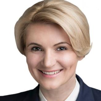 Primul guvern al Romaniei in care 1 din 3 ministri este femeie
