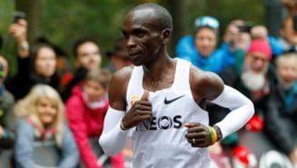 Primul om care alearga un maraton in mai putin de doua ore - Recordul e neoficial