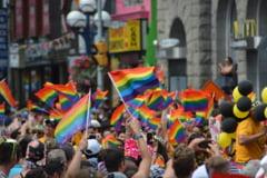 Primul stat din SUA care recunoaste casatoria gay prin Constitutie. Bisericile au dreptul sa refuze oficierea casatoriilor intre persoane de acelasi sex