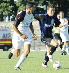 Primul succes al sezonului - Jiul a invins-o pe Plimob Sighetul Marmatiei, scor 3-1, obtinand primele trei puncte din acest campionat