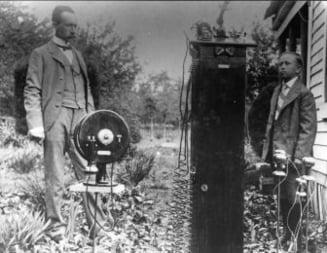 Primul telefon mobil din lume implineste 100 de ani