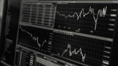 Principalele burse din Asia s-au prabusit, dupa scaderea pretului petrolului