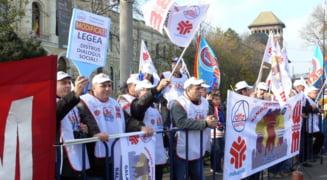 Principalele confederatii sindicale organizeaza actiuni de protest in fata Guvernului