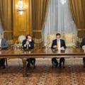 Principalele promisiuni ale coalitiei de guvernare s-au impotmolit in negocieri