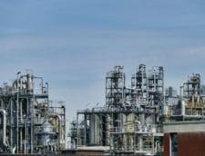 Principalii producatori de petrol au cazut de acord sa majoreze productia incepand din luna august