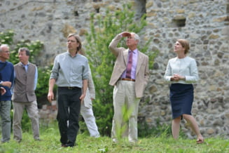 Printul Charles vrea sa ne salveze bisericile medievale abandonate printr-un circuit economic