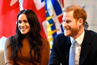 """Printul Harry si ducesa Meghan Markle renunta la rangul de membri """"seniori"""" ai familiei regale"""